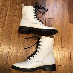 Dolce Vita Womens Gilman Combat Boot